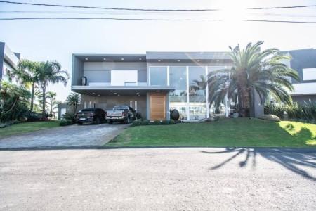 Casa em Condomínio 6 dormitórios em Xangri-lá | Ref.: 10032