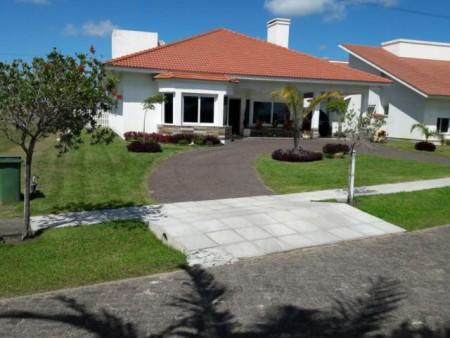 Casa em Condomínio 4 dormitórios em Capão da Canoa | Ref.: 6350