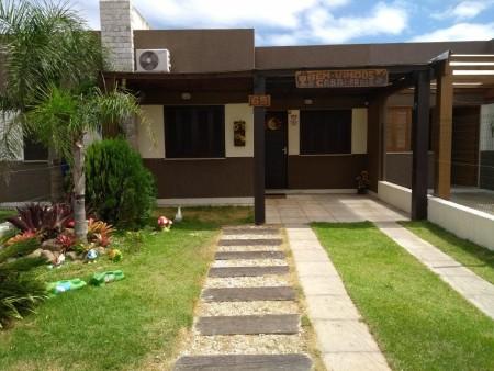 Casa 2 dormitórios em Capão da Canoa   Ref.: 6878
