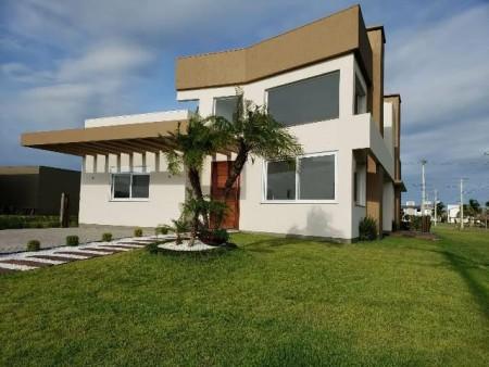 Casa em Condomínio 4 dormitórios em Capão da Canoa | Ref.: 7154