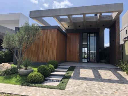 Casa em Condomínio 4 dormitórios em Capão da Canoa | Ref.: 8072