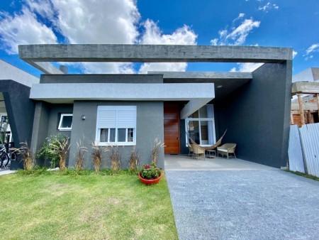 Casa em Condomínio 4 dormitórios em Capão da Canoa | Ref.: 8231