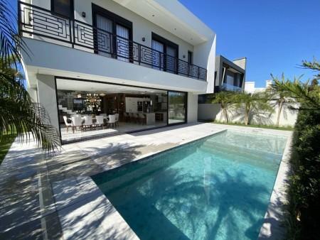 Casa em Condomínio 5 dormitórios em Capão da Canoa | Ref.: 8335