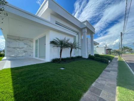 Casa em Condomínio 3 dormitórios em Capão da Canoa   Ref.: 8401