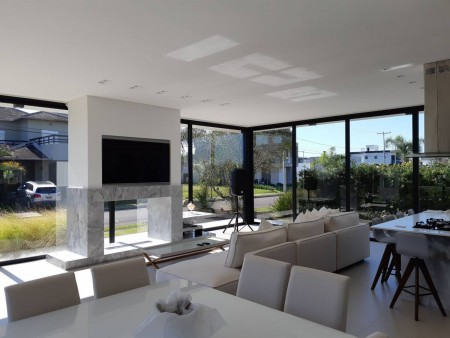 Casa em Condomínio 4 dormitórios em Capão da Canoa   Ref.: 9046