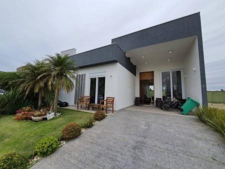Casa em Condomínio 4 dormitórios em Capão da Canoa   Ref.: 9292