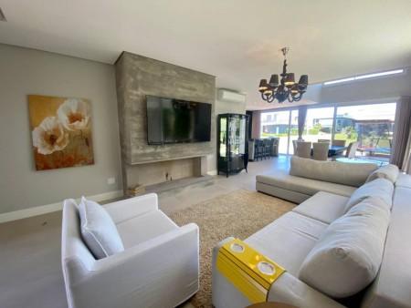 Apartamento 4 dormitórios em Capão da Canoa   Ref.: 9679