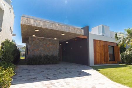 Casa em Condomínio 4 dormitórios em Xangri-lá | Ref.: 9925